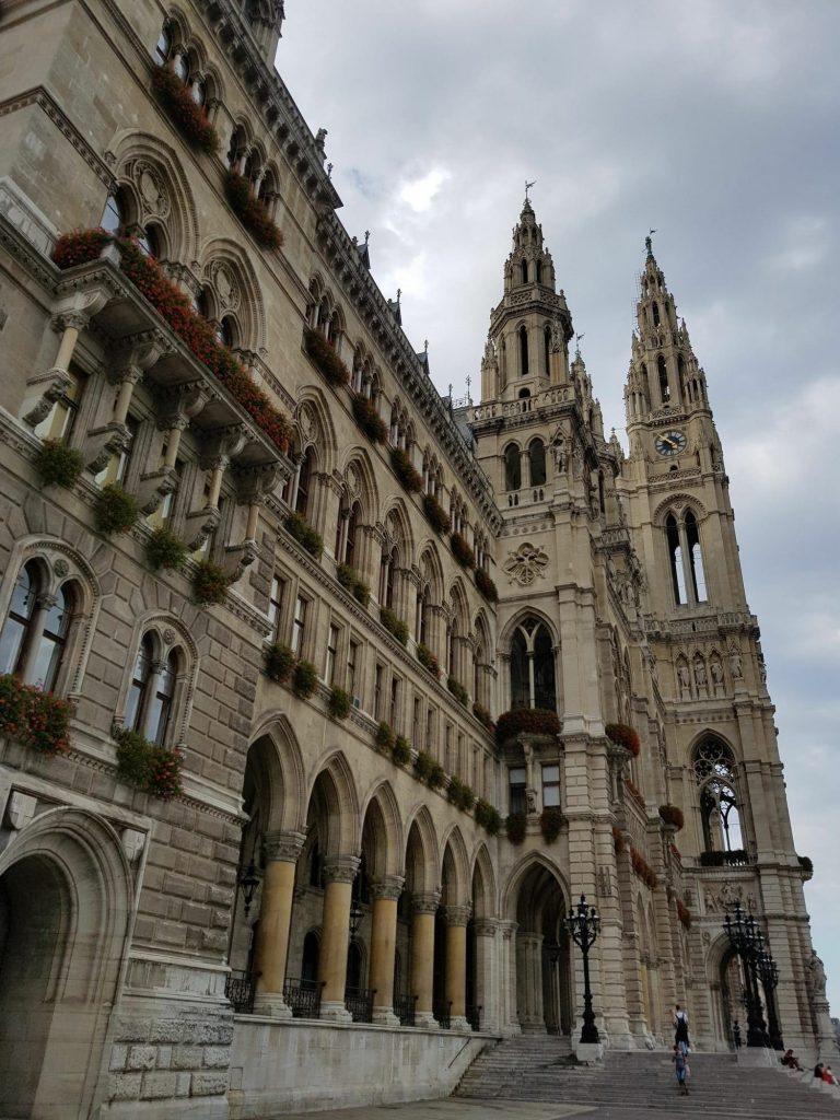 Готик архитектура на Сграда на общината - Виена
