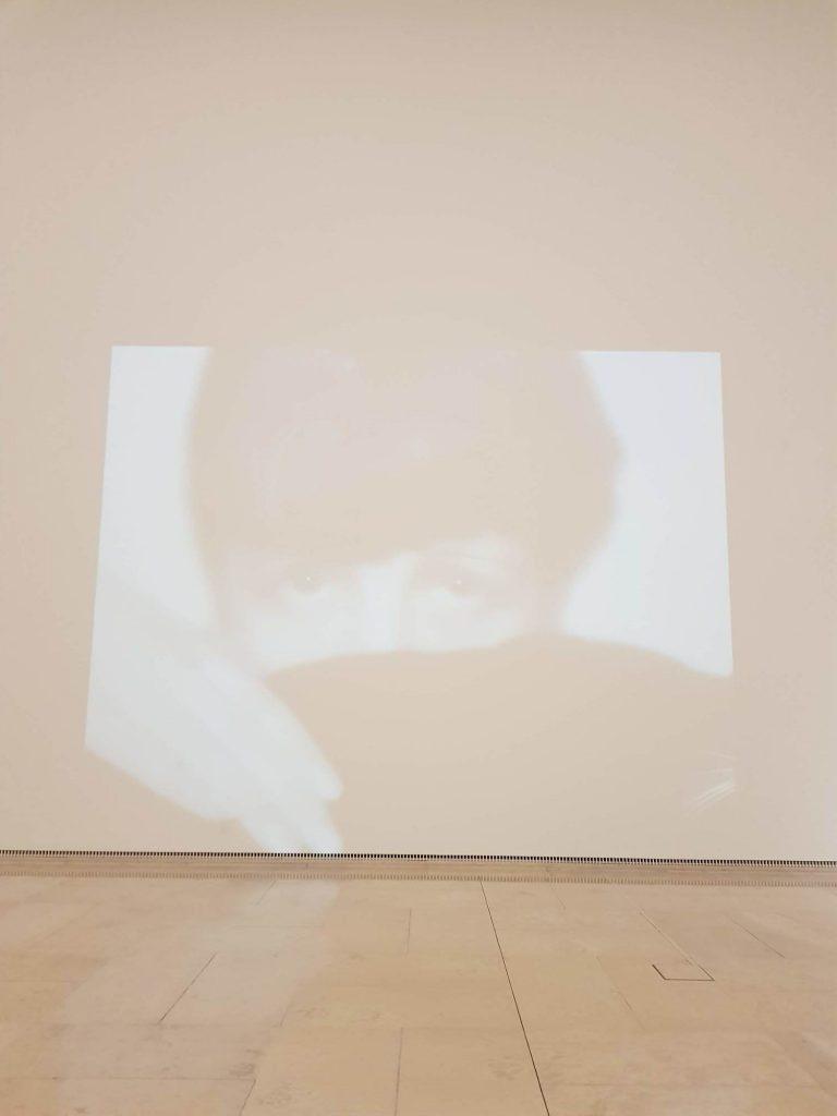 Мадам - Фотография, Съвременно изкуство музеи