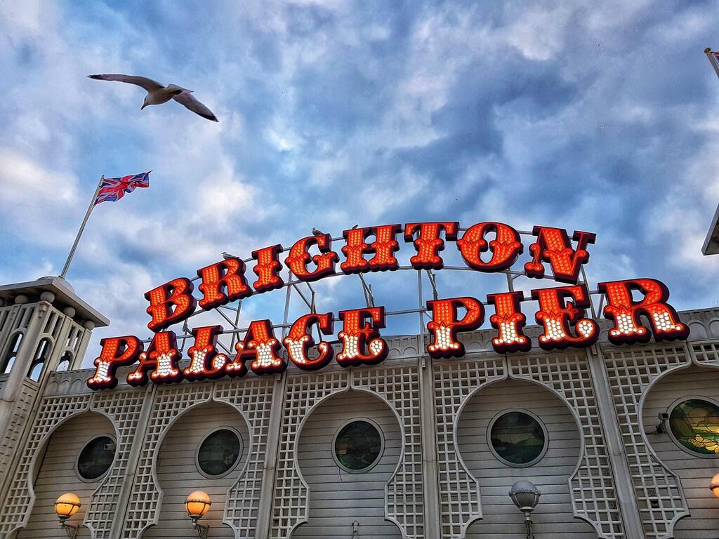 Brighton Palace Pier, входът за аркадните игри, ValStyle Photography