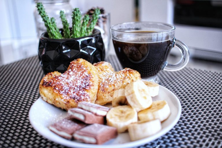 Heart-shaped breakfast with bananas and chocolate