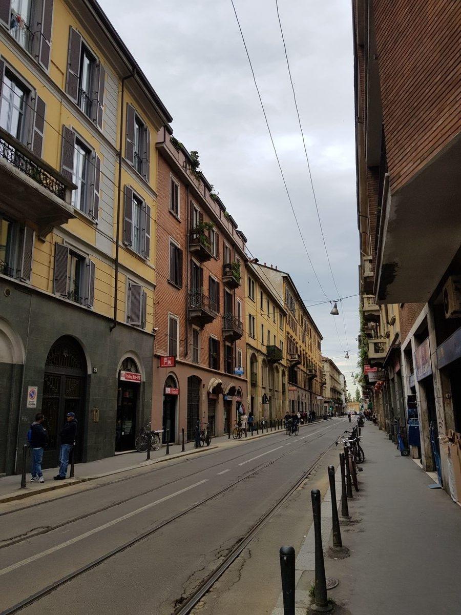 Из улиците на Милано