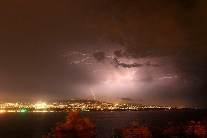 Светкавици над Варна